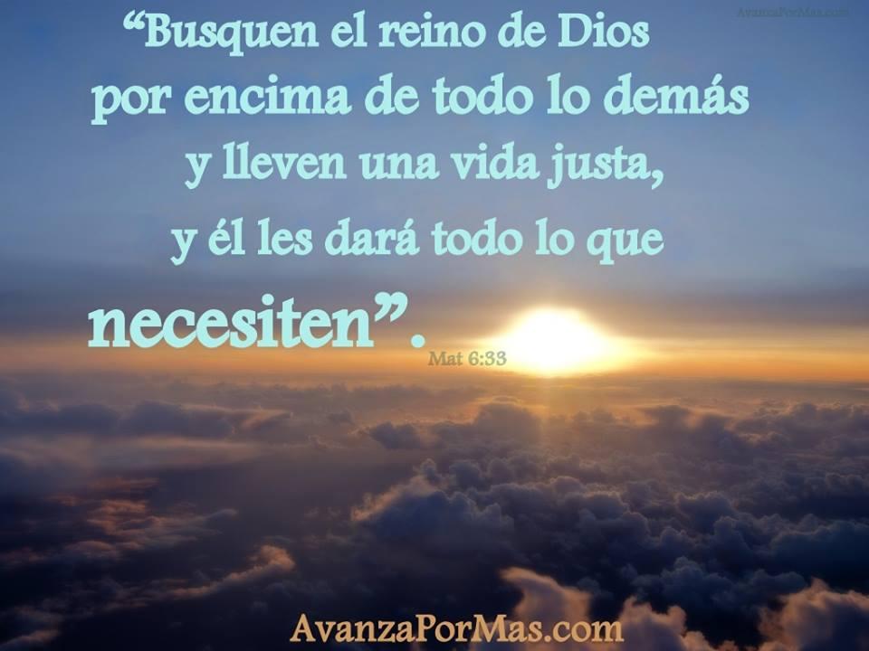 Postal Busquen El Reino De Dios Por Encima De Todo Lo